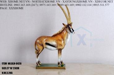 Decor bằng đồng X HOME Hà Nội Hồ Chí Minh Tượng linh dương đồng BLN-8426