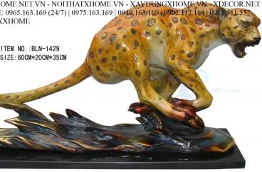 Decor bằng đồng X HOME Hà Nội Hồ Chí Minh Tượng Báo vàng bằng đồng BLN-1429